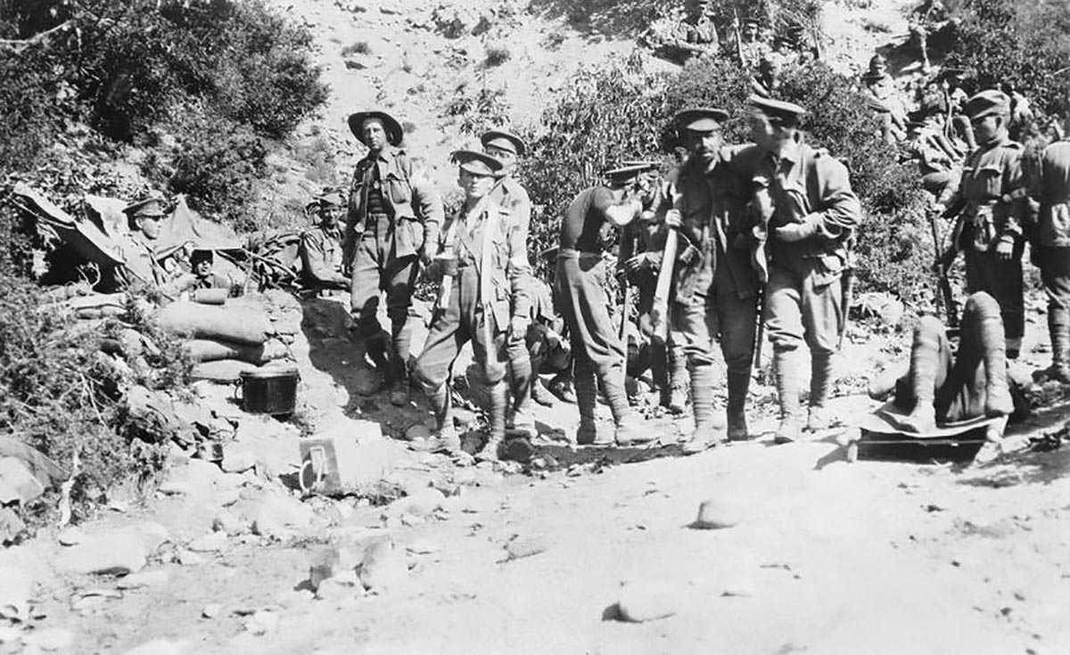 Wounded soldiers head for the Austrlian 3rd Battalion dressing station